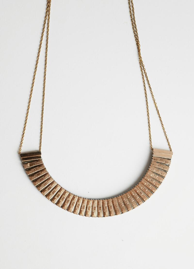 collier Philo création originale Mkabricks : l'art de remonter le temps