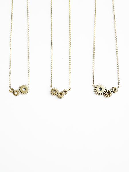 colliers Tris, création originale Mkabricks : l'art de remonter le temps