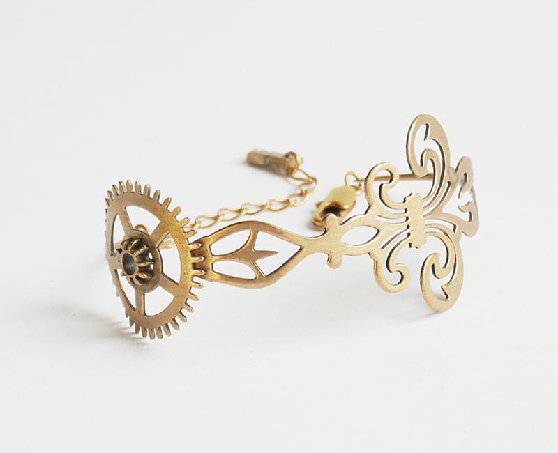 Bracelet Hermione, création originale Mkabricks : l'art de remonter le temps